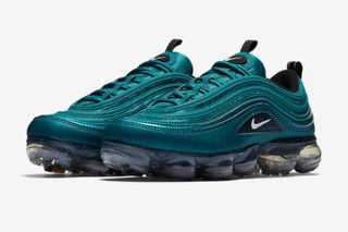 buy popular 59a78 5b0d4 Nike Air VaporMax 97