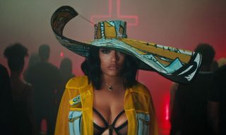 """Stefflon Don Drops a Visual for """"Lil Bitch"""" Ahead of 'Secure'"""