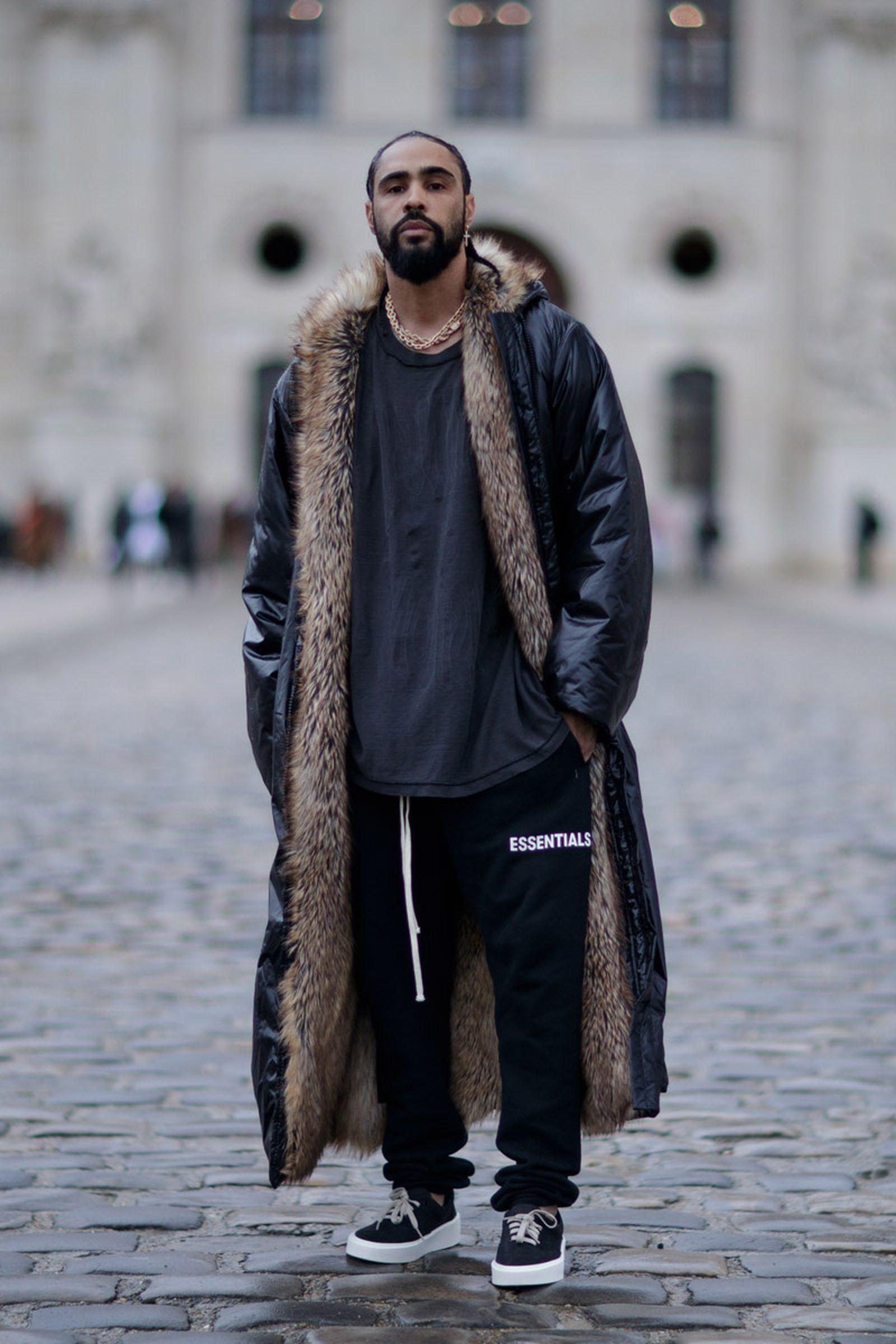 social media pushing fur out fashion Emilie Tabor Fur Europe PETA