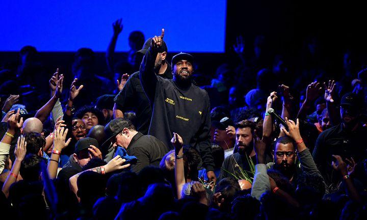 Kanye West Jesus is king premiere the forum LA