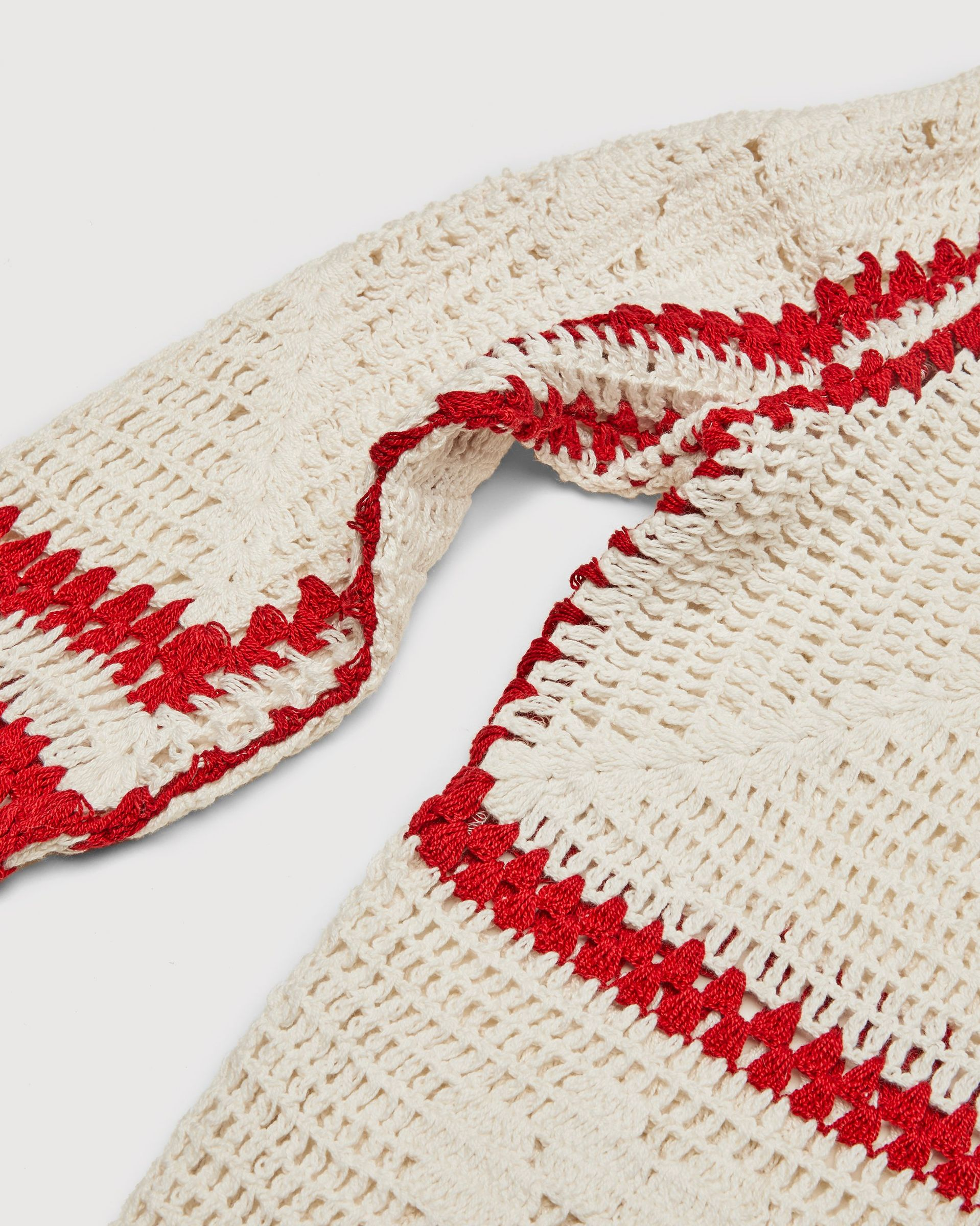 BODE - Mockneck Crochet Pullover White Red - Image 3