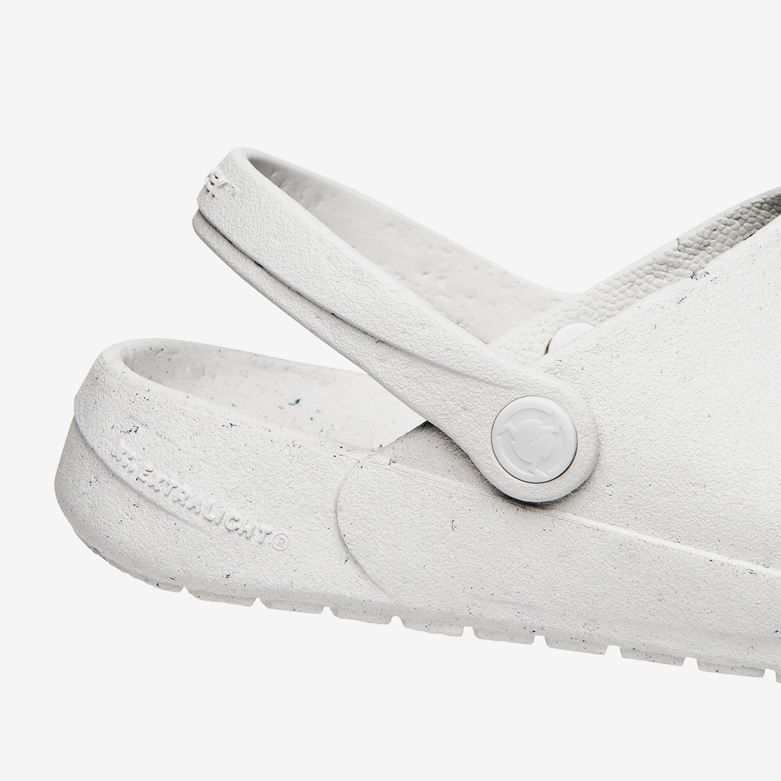 ales-grey-rodeo-drive-slip-on-1-08