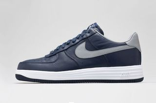 online retailer 4da89 dc8d6 Nike x New England Patriots Lunar Force 1