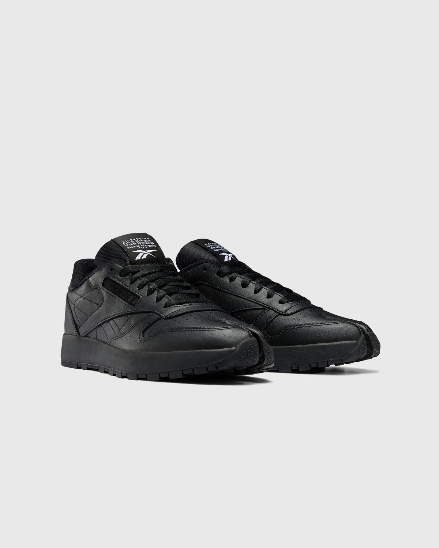 Maison Margiela x Reebok — Classic Leather Tabi Black - Image 2