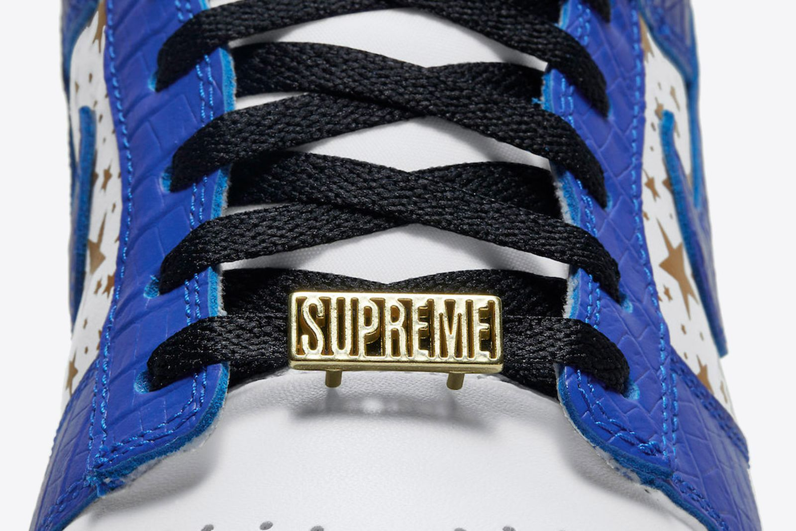 supreme-nike-sb-dunk-low-hyper-blue-release-date-price-15