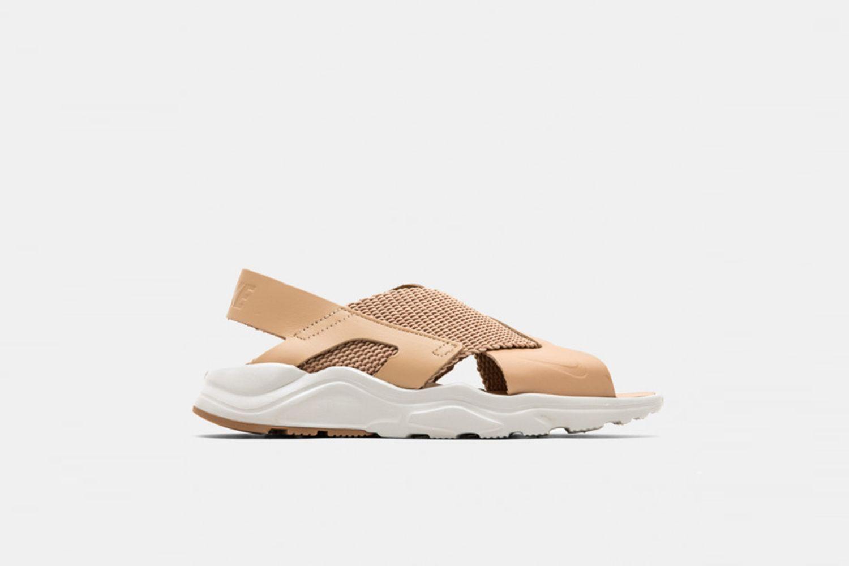 Air Huarache Ultra Sandals