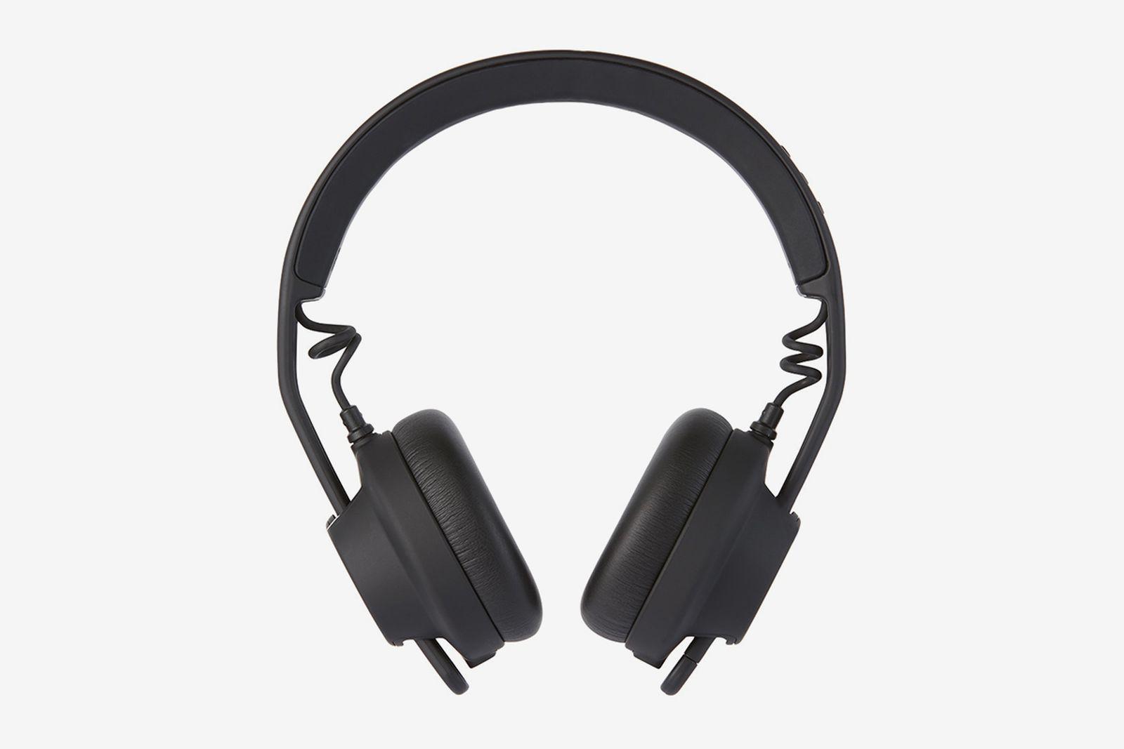 aiaiai-black-wireless-tma-2-move-headphones