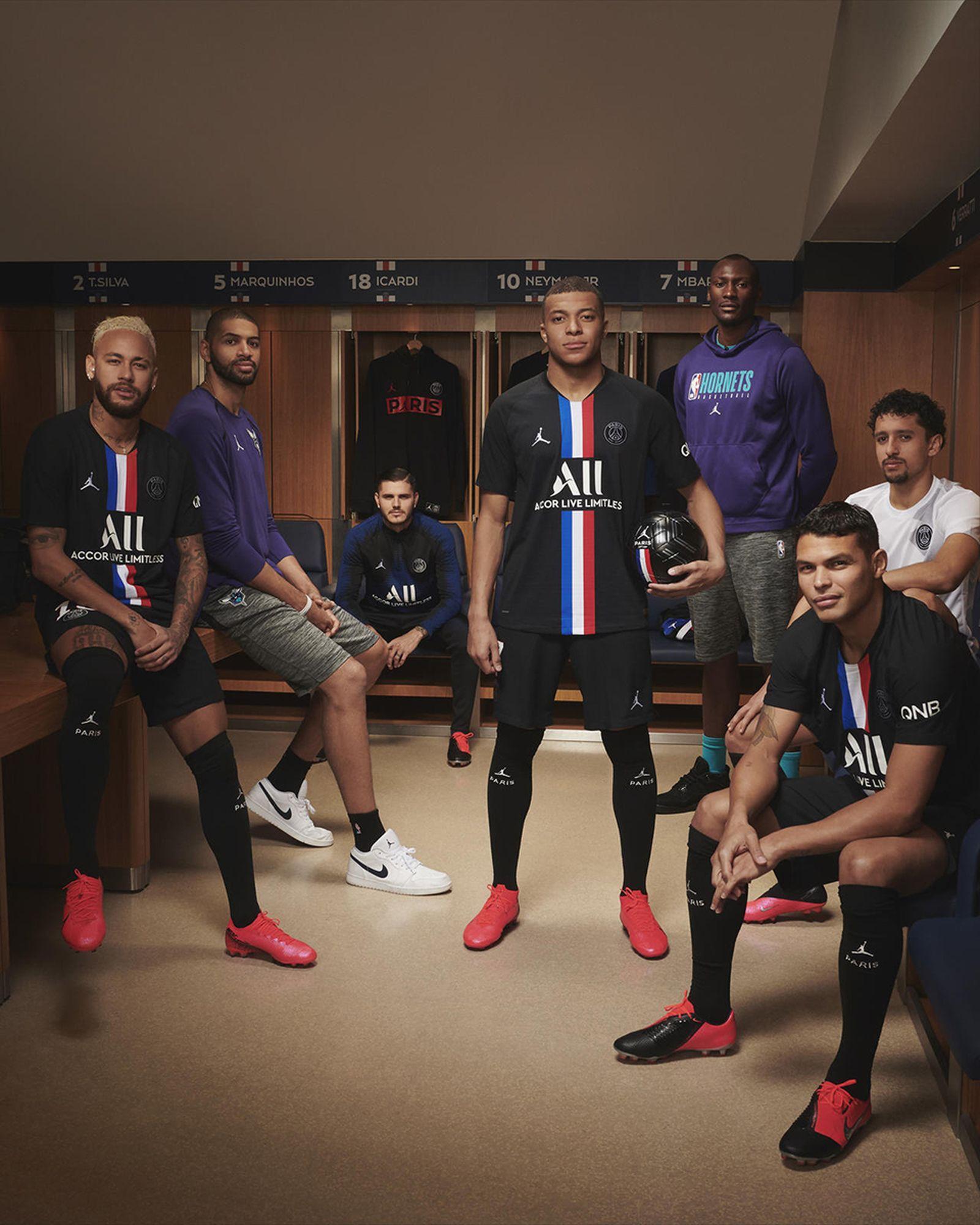 Jordan Brand Releases New Paris Saint Germain Kit