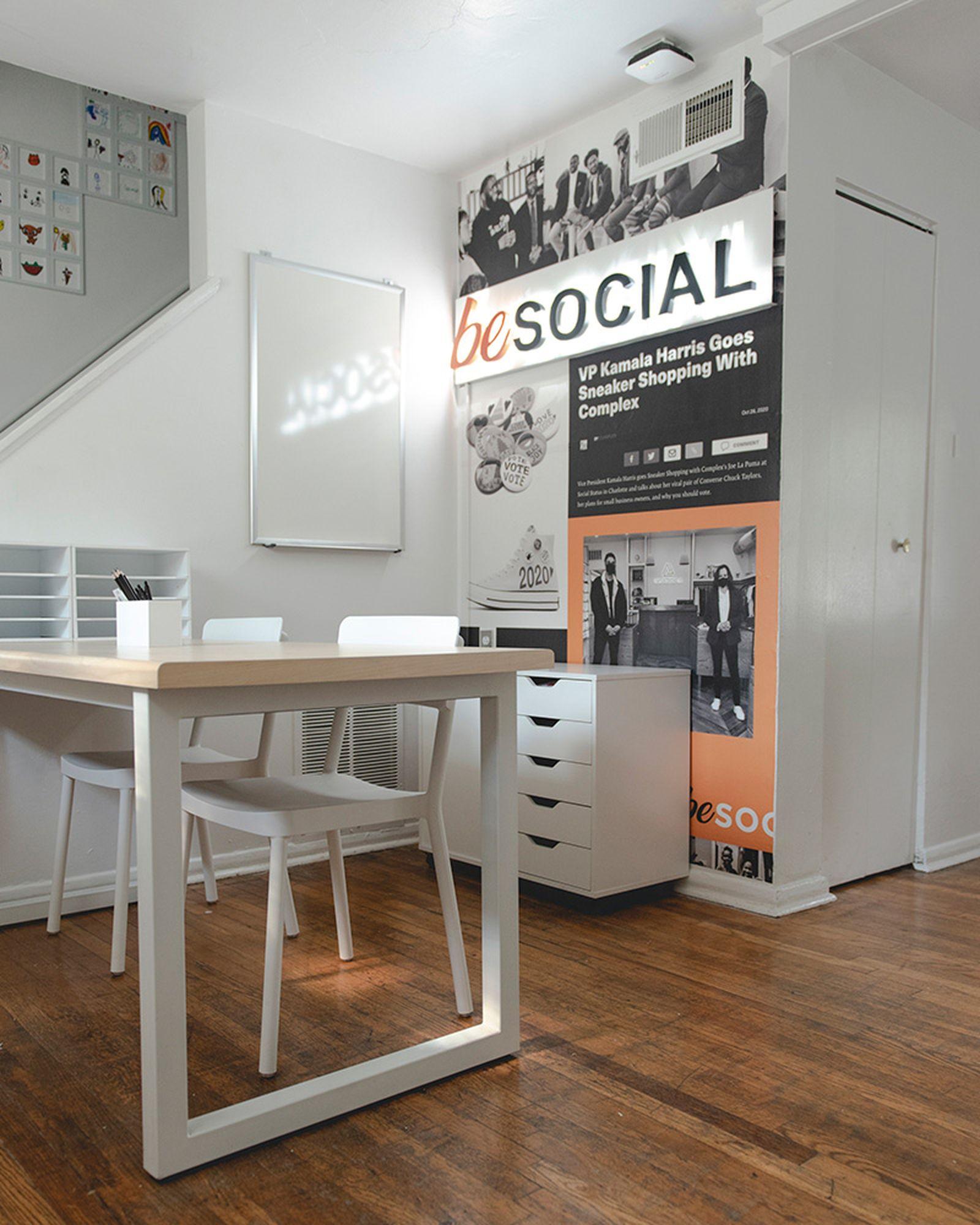 social-status-nike-dunk-mid-interview-beSocialMV_22