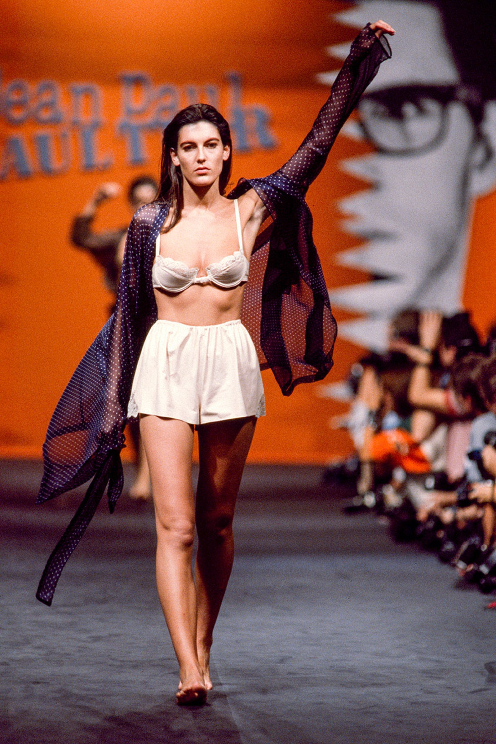 the-12-fashion-shows-that-changed-mens-fashion-jean-paul-gaultier-06