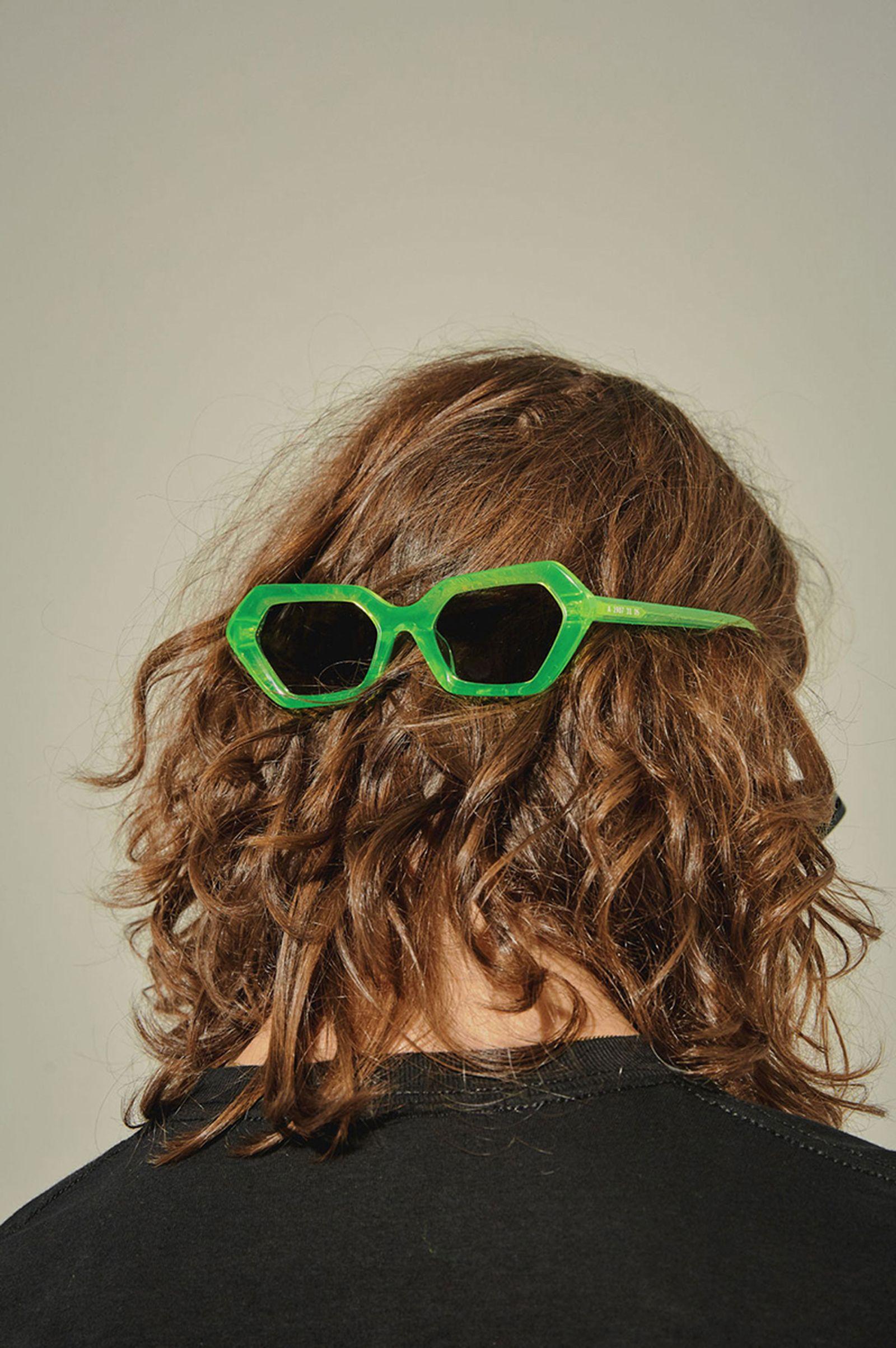 10 deep akila sunglasses