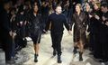 Kate Moss & Naomi Campbell Walk in Kim Jones's Final Louis Vuitton Show