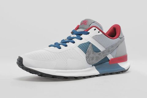 a20d184745b7 Nike celebrated the 30th anniversary of the Air Pegasus last year with the  release of the updated Pegasus 83 30. Exclusive to UK retailer size
