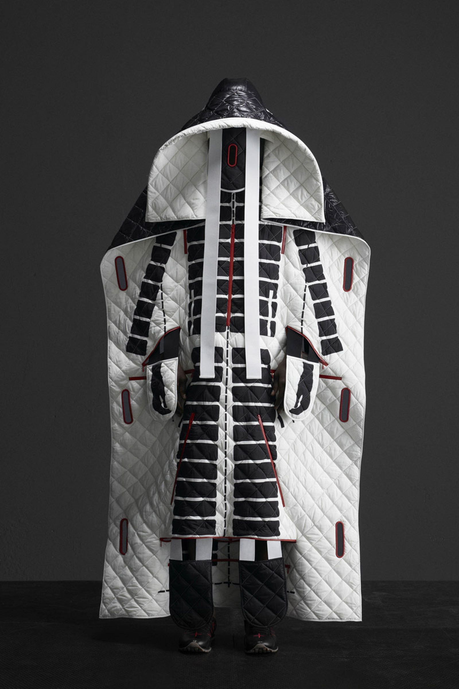 5 MONCLER CRAIG GREEN_COLLECTION IMAGES (4)
