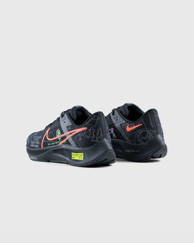 Nike x Highsnobiety – Air Zoom Berlin Pegasus 38 Black - Image 4