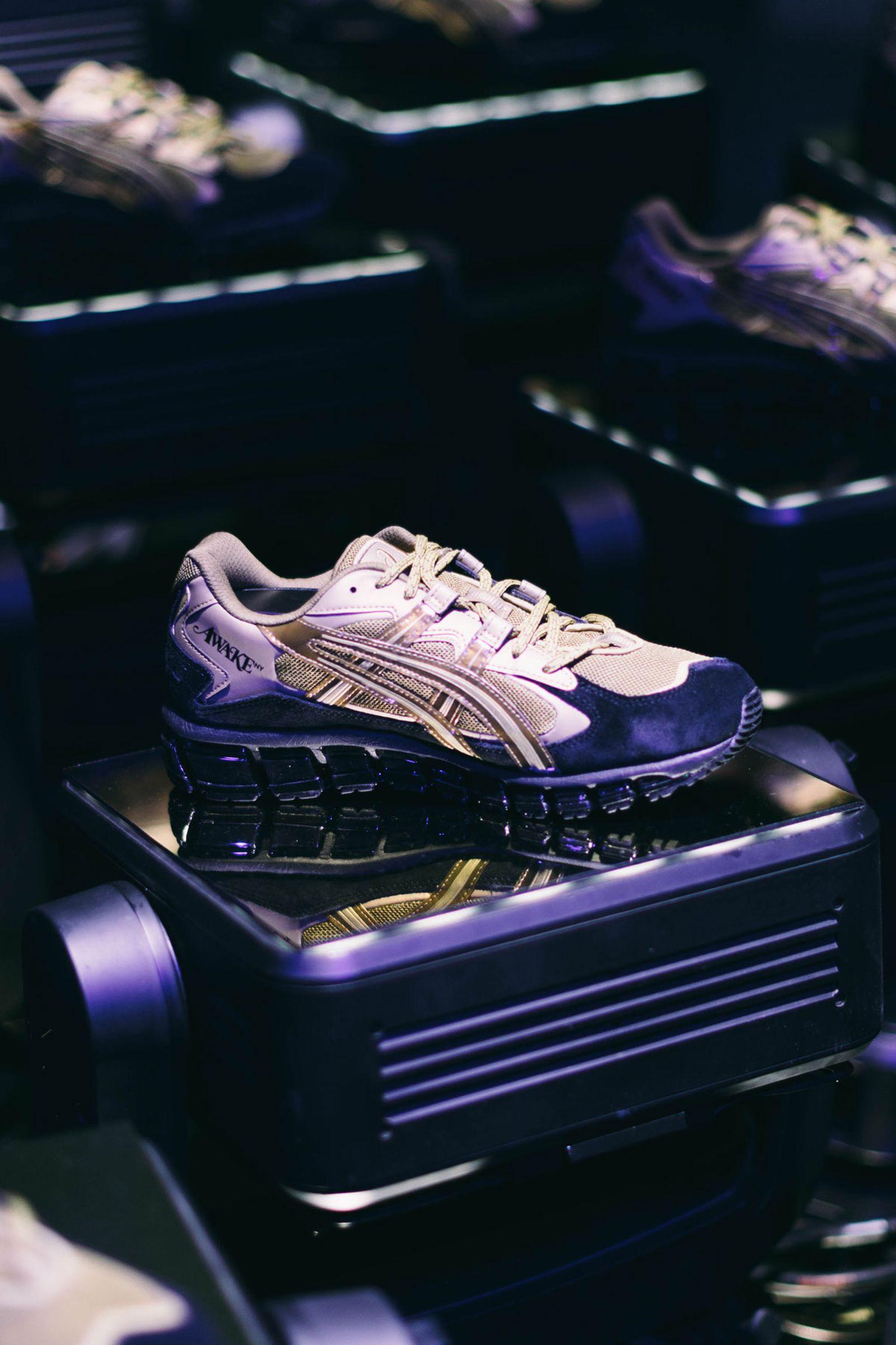 asics awake 2 Louis Vuitton Nike OAMC