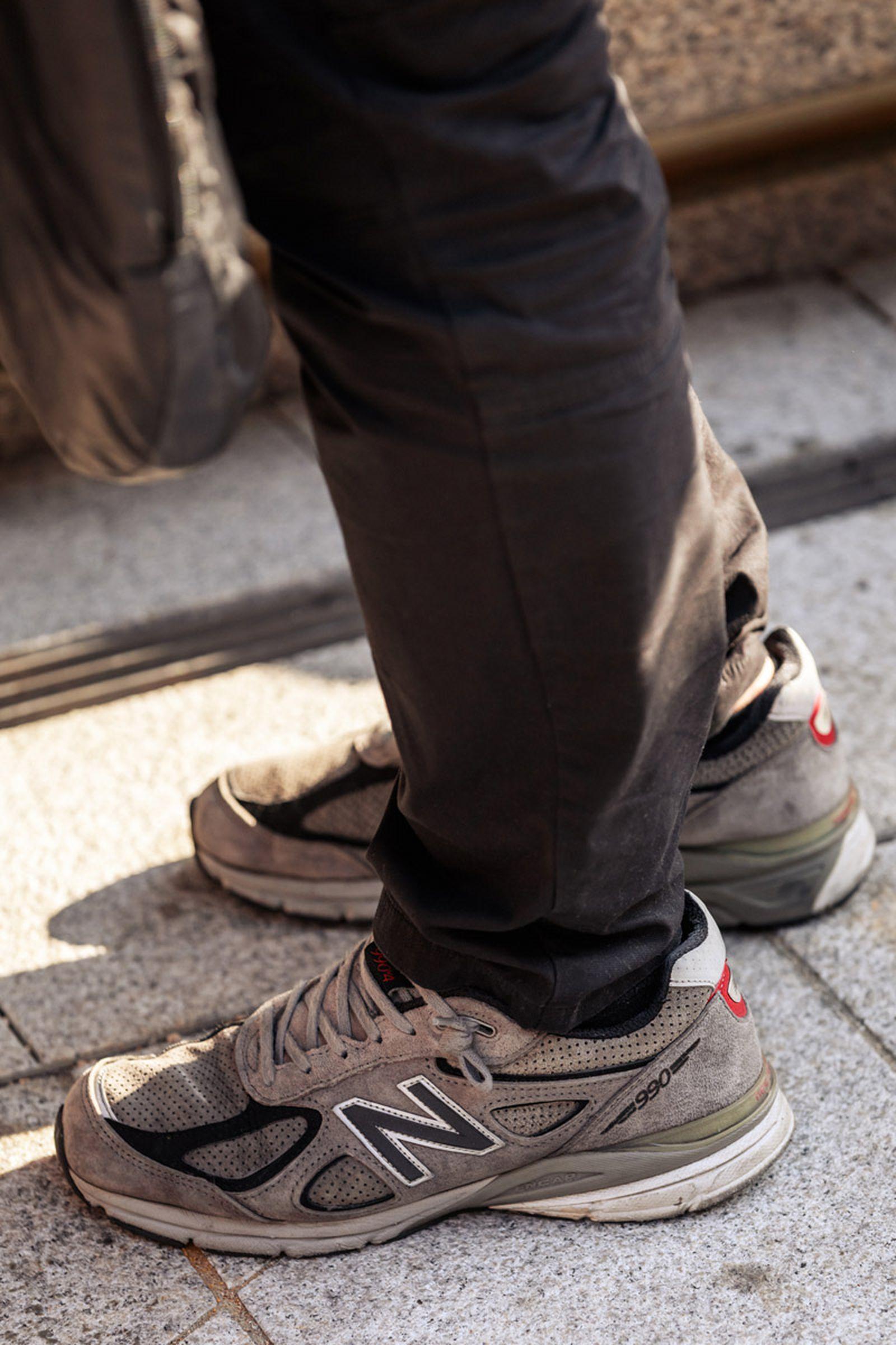 seoul-fashion-week-sneaker-street-style-ss20-19