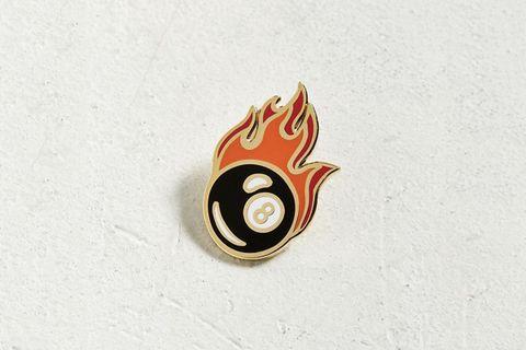 8 Ball Pin