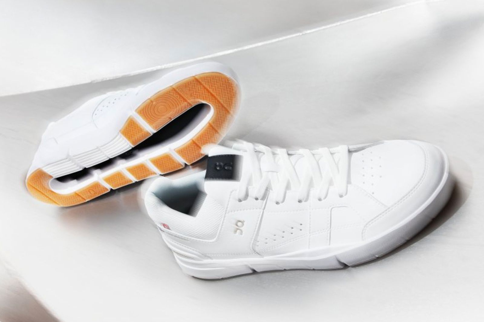 most-comfortable-sneakers-main01