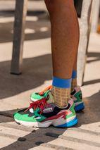 myydään maailmanlaajuisesti lisää valokuvia kodikas raikas Copenhagen Fashion Week SS20: The Best Sneaker Street Style