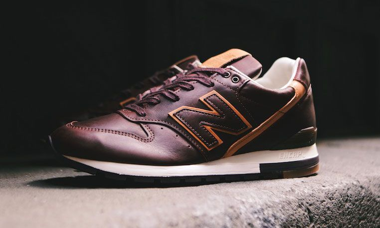 a5116e52a75c Horween Leather x New Balance M996BHR