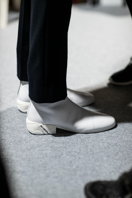 raf-simons-runner-fall-winter-2020-footwear-02