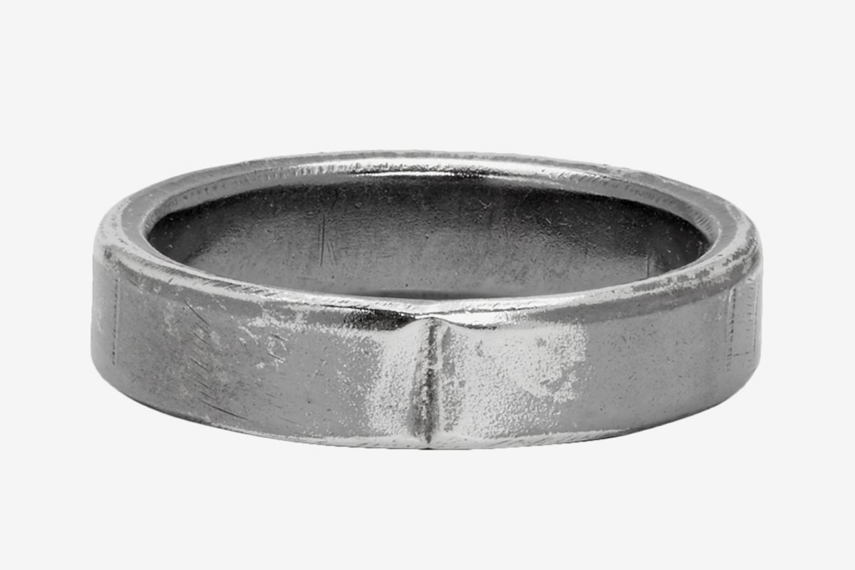 Exposed Joint Midnight 4mm Ring