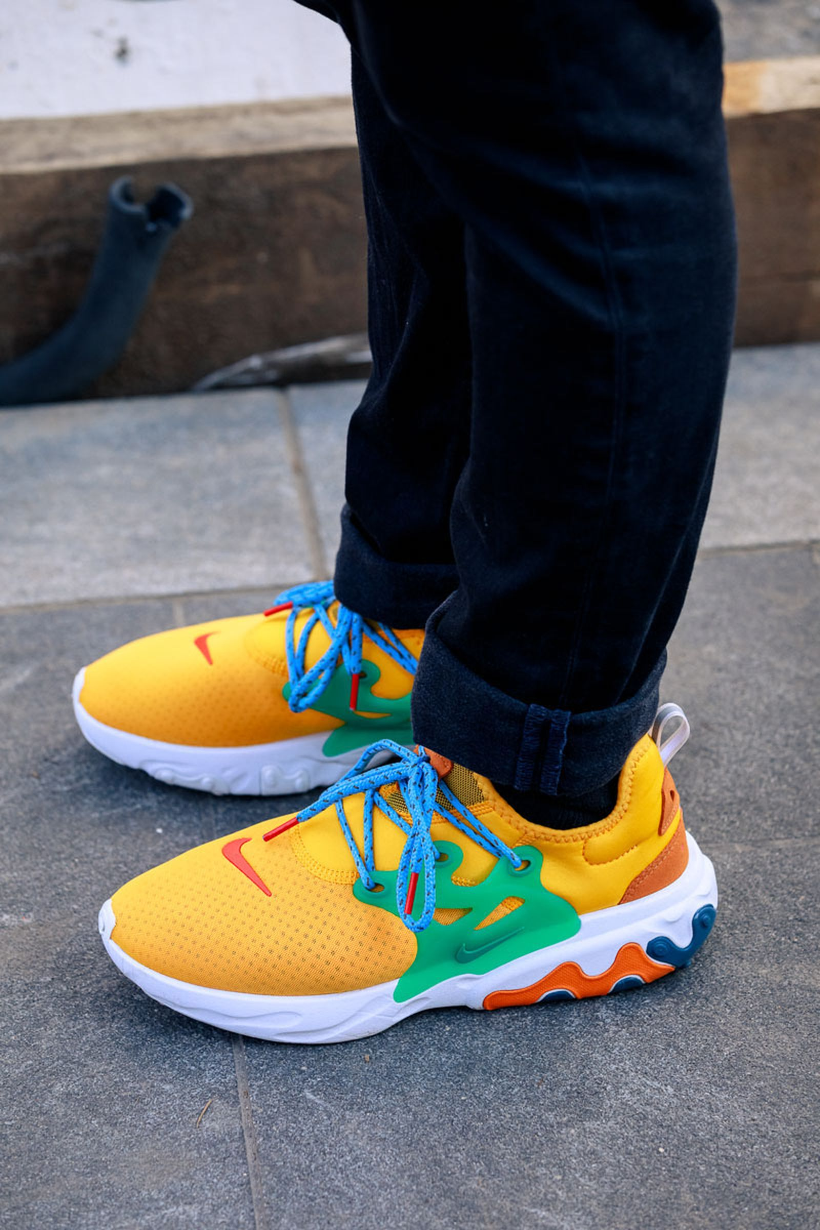 new-york-fashion-week-mens-fw20-sneaker-street-style-18