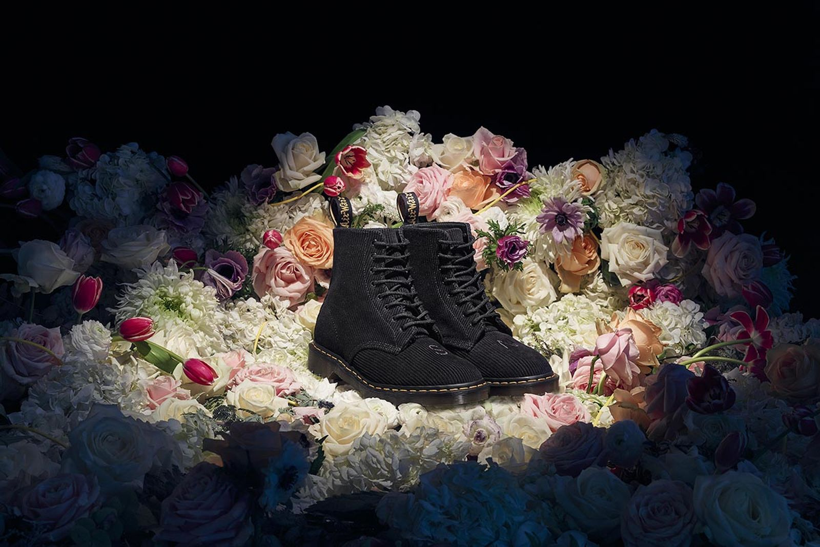UNDERCOVER x Dr. Martens 1460