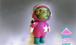 """Dum English x Made by Monsters """"Star-Skull Astronaut"""" Toy"""