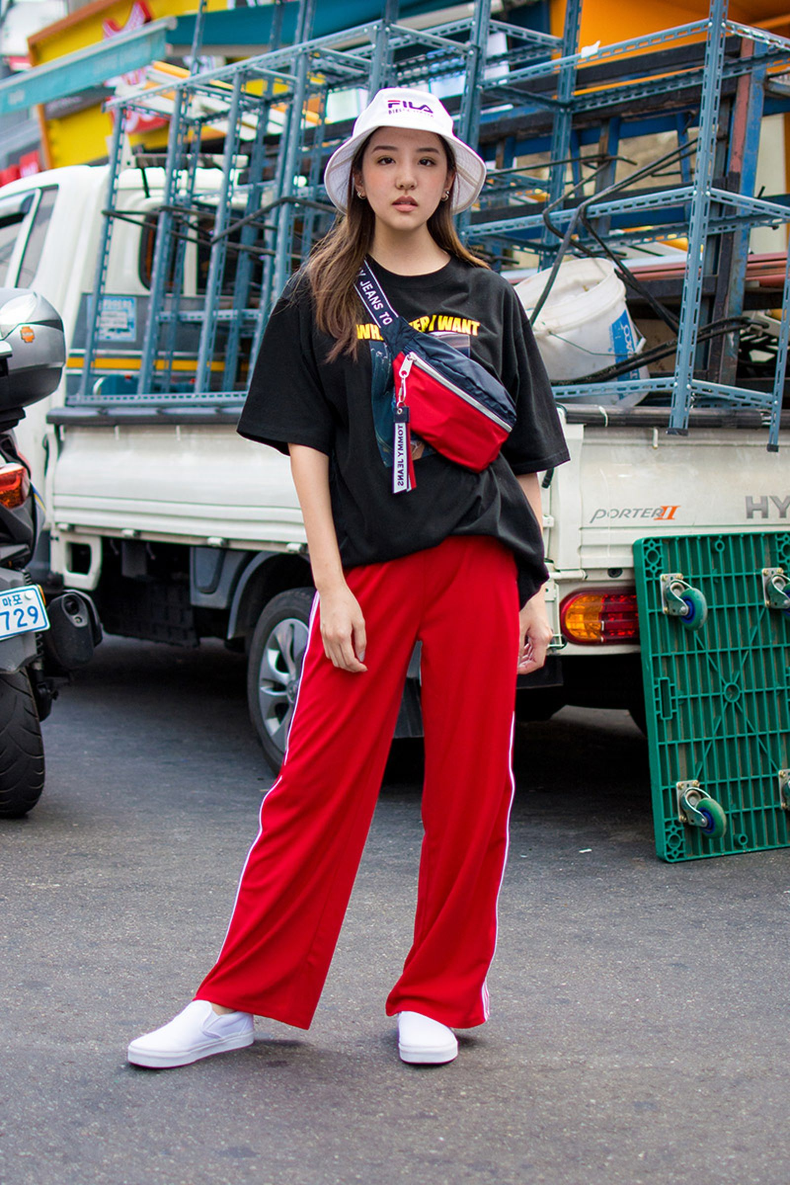 seoul street style july3 Balenciaga Children of the Discordance Gucci