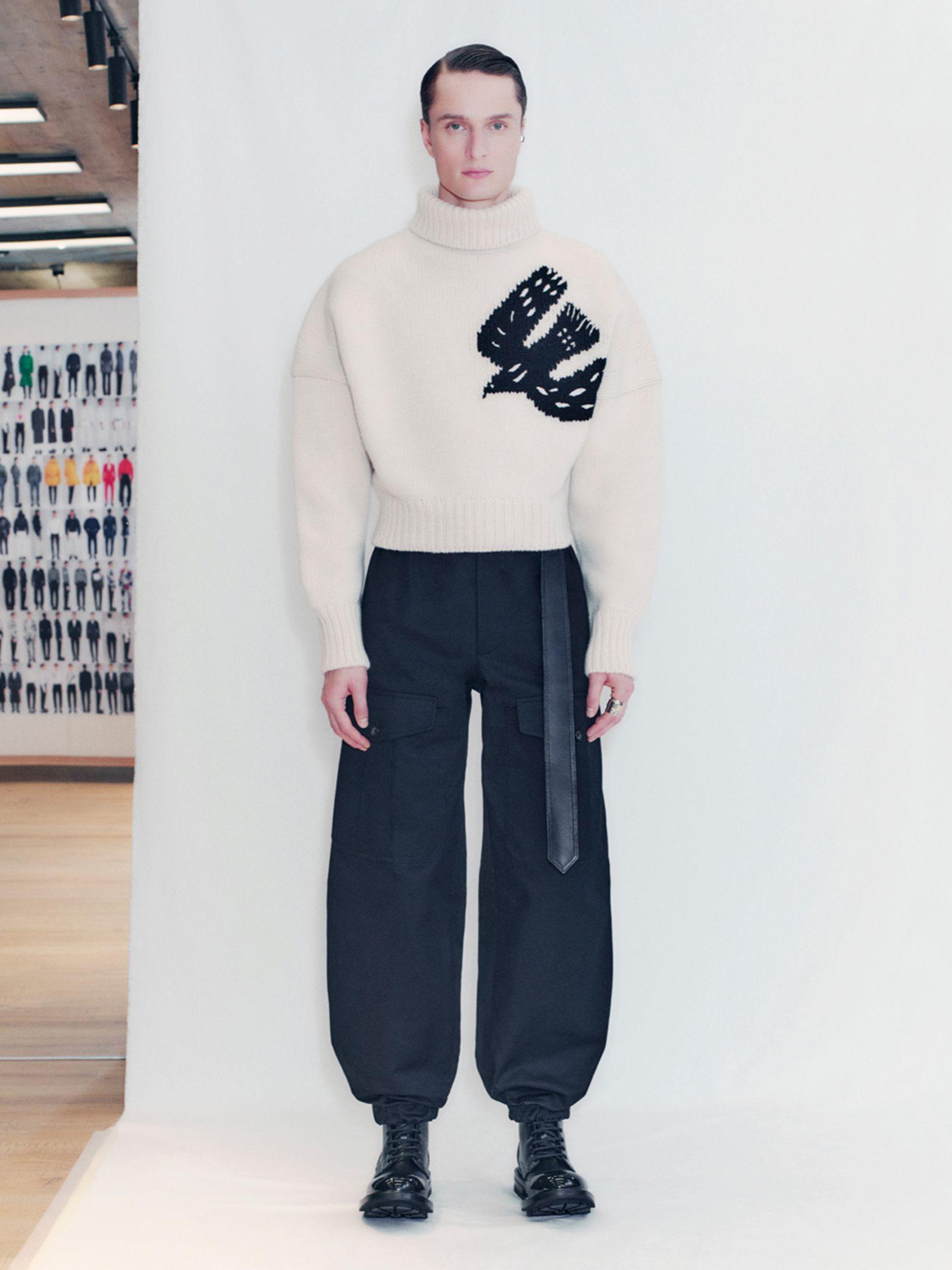 alexander-mcqueen-fall-winter-2021-collection- (22)
