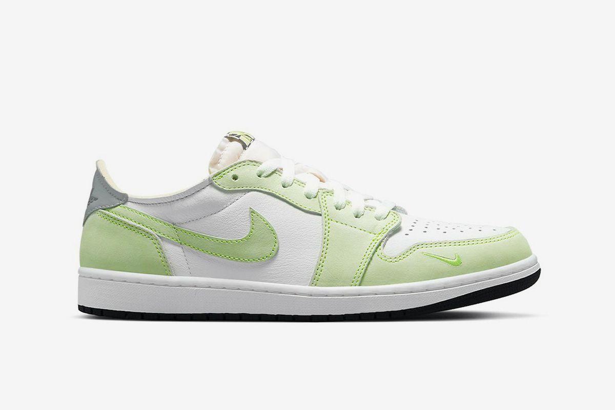 Jordan 1 Low Ghost Green