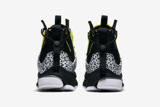 best sneakers 44d78 15f8d Acronym Nike Air Presto Mid