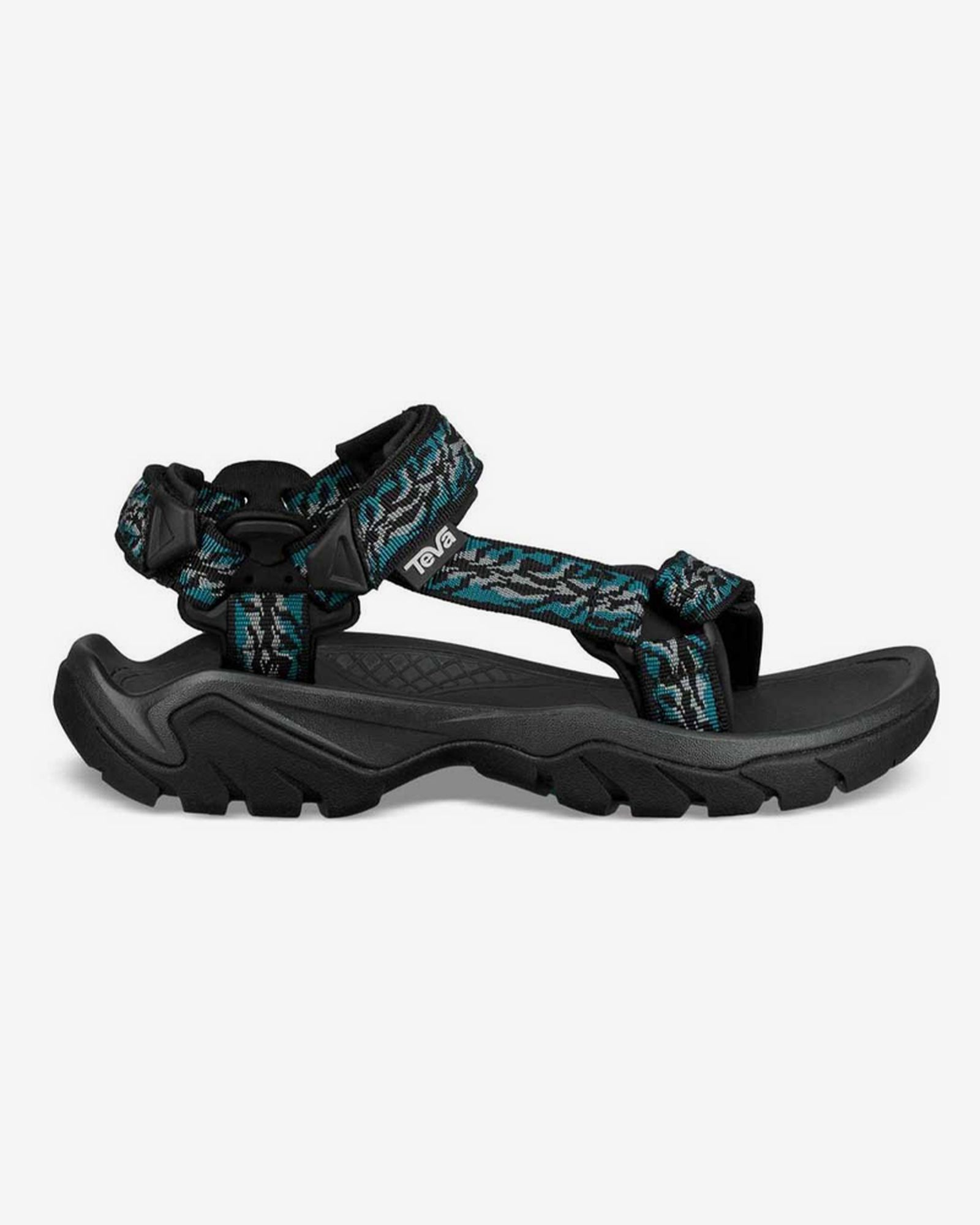 dad-sandals-roundtable-shopping-guide-02