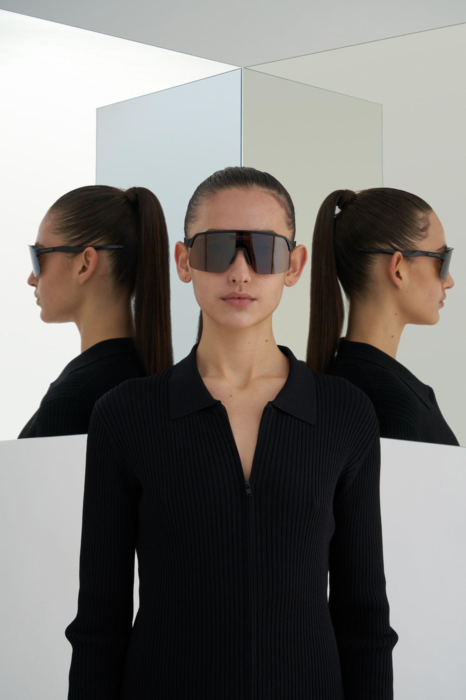 highsnobiety-oakley-sutro-lite-sunglasses-buy-03