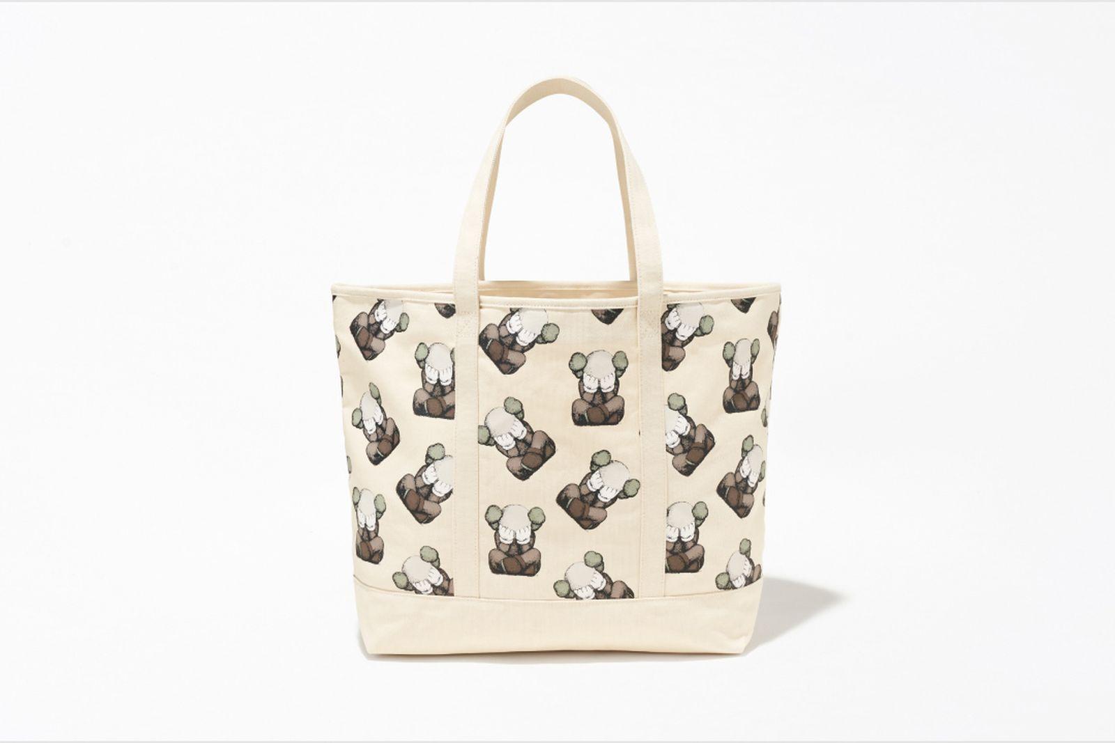 kaws tokyo first uniqlo ut companion tee shirt buy release date info bag