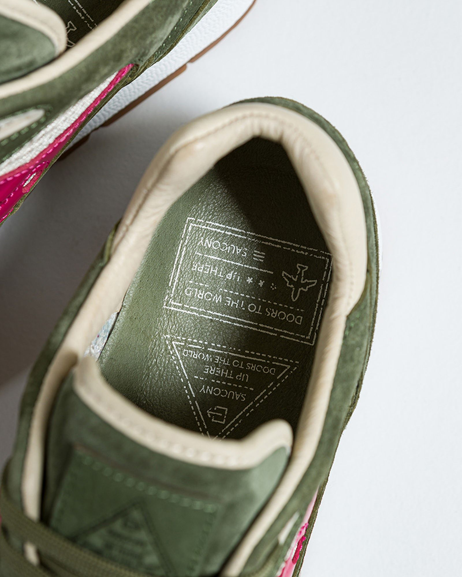up-there-saucony-shadow-6000-release-date-price-05