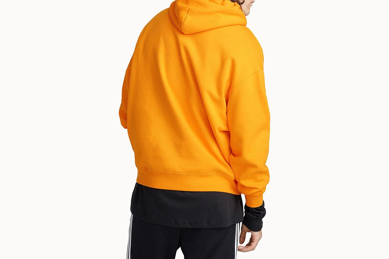Must-have solid hoodie