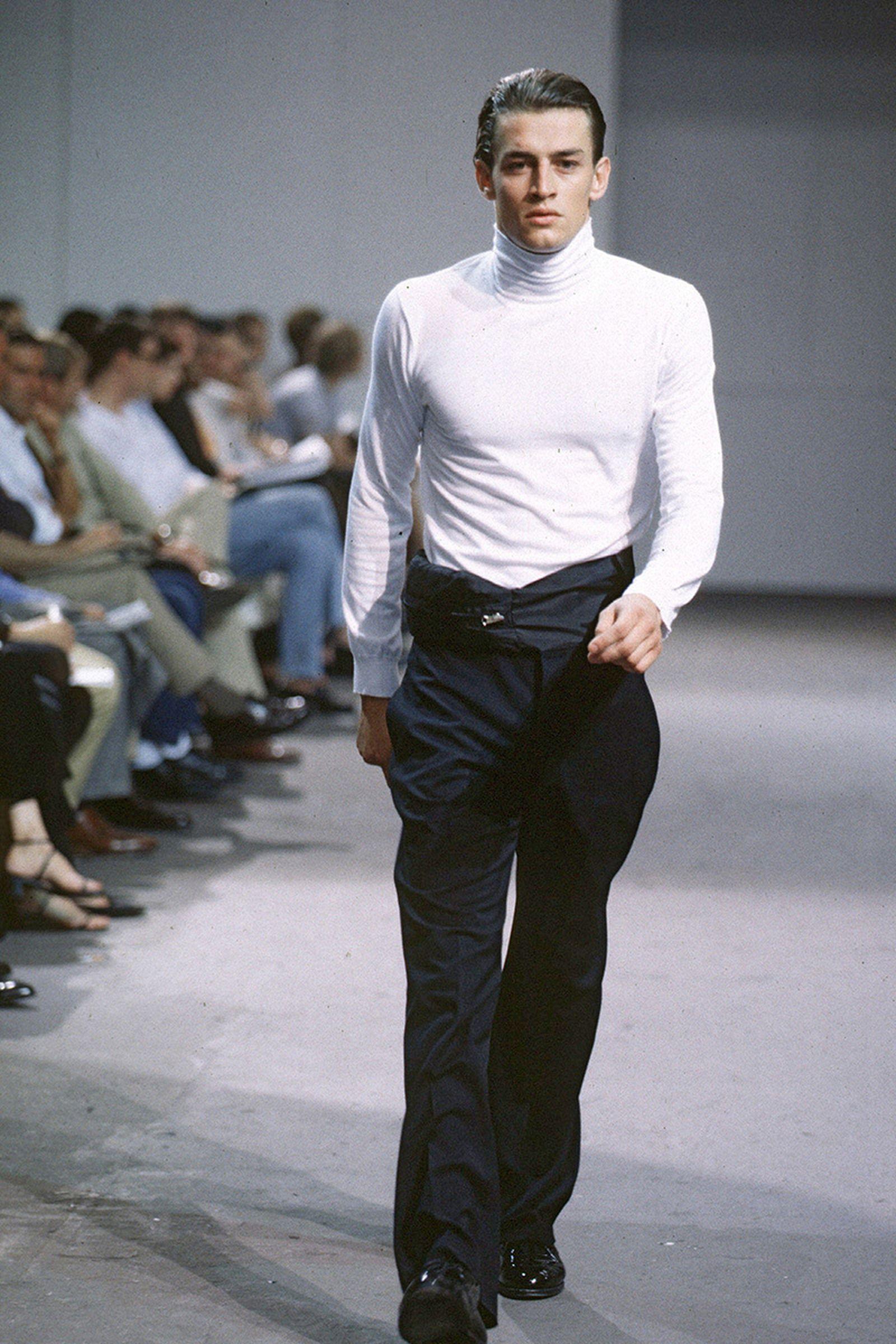 the-12-fashion-shows-that-changed-mens-fashion-012