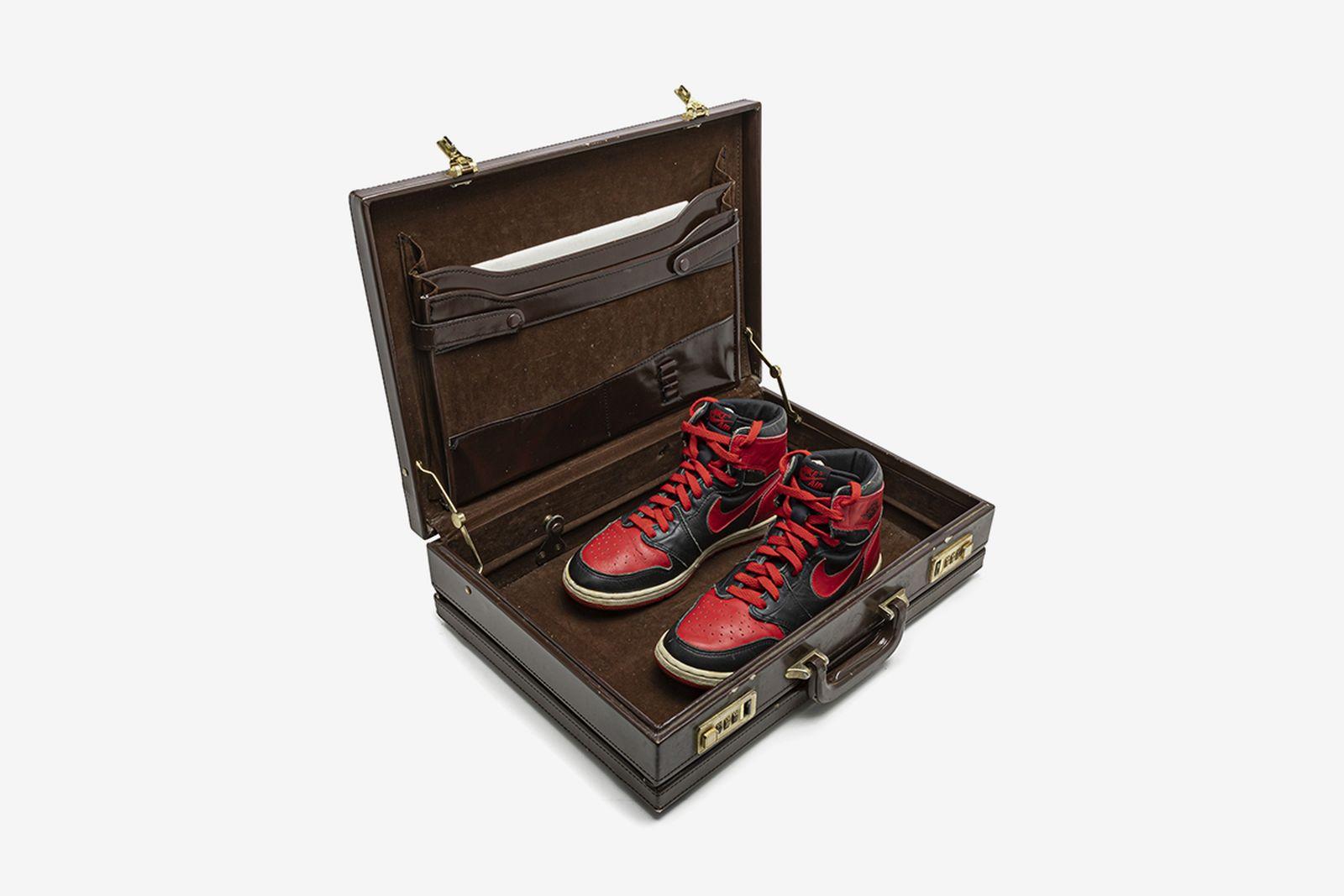stadium-goods-christies-original-air-sneaker-auction-06