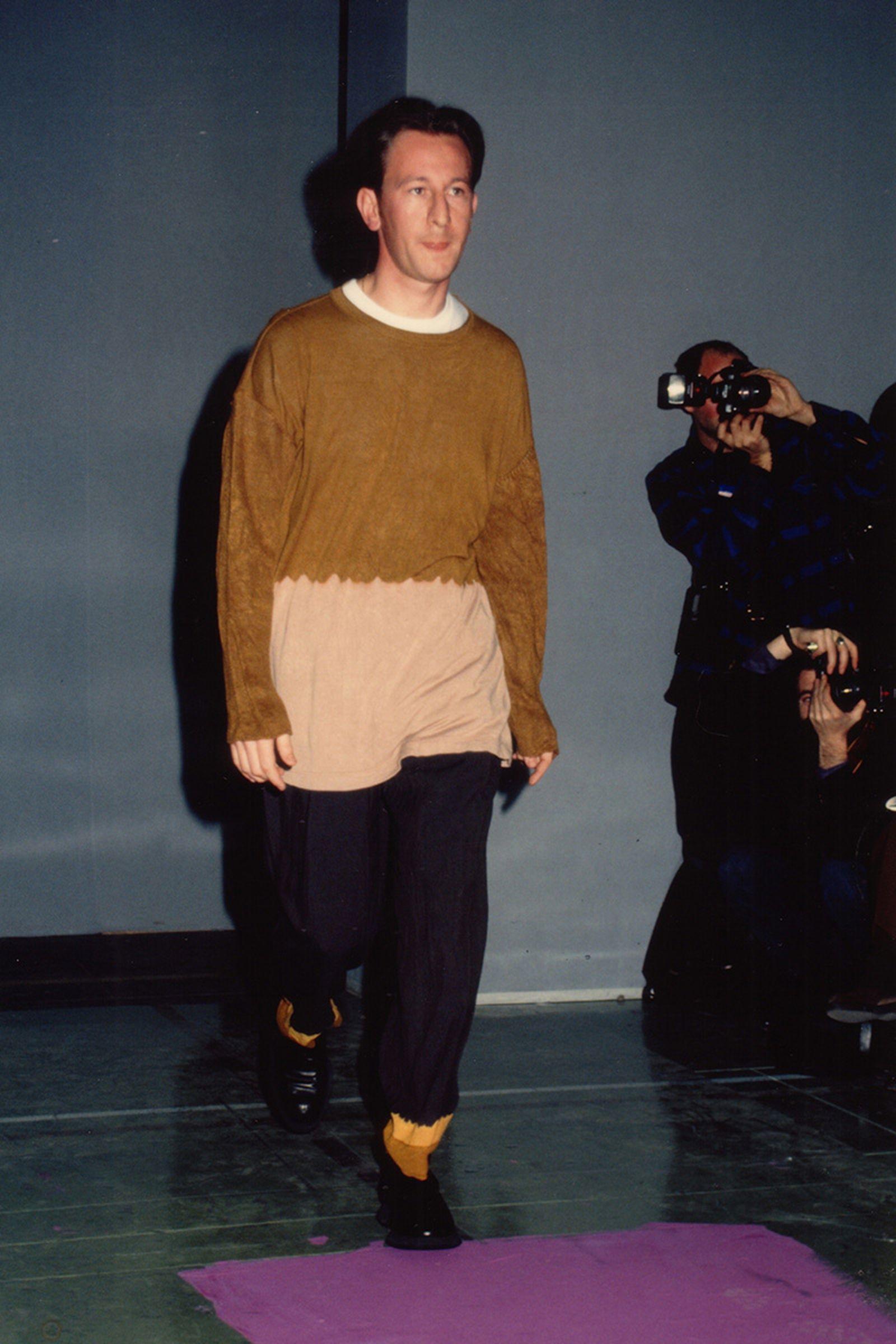the-12-fashion-shows-that-changed-mens-fashion-cdg-93-01