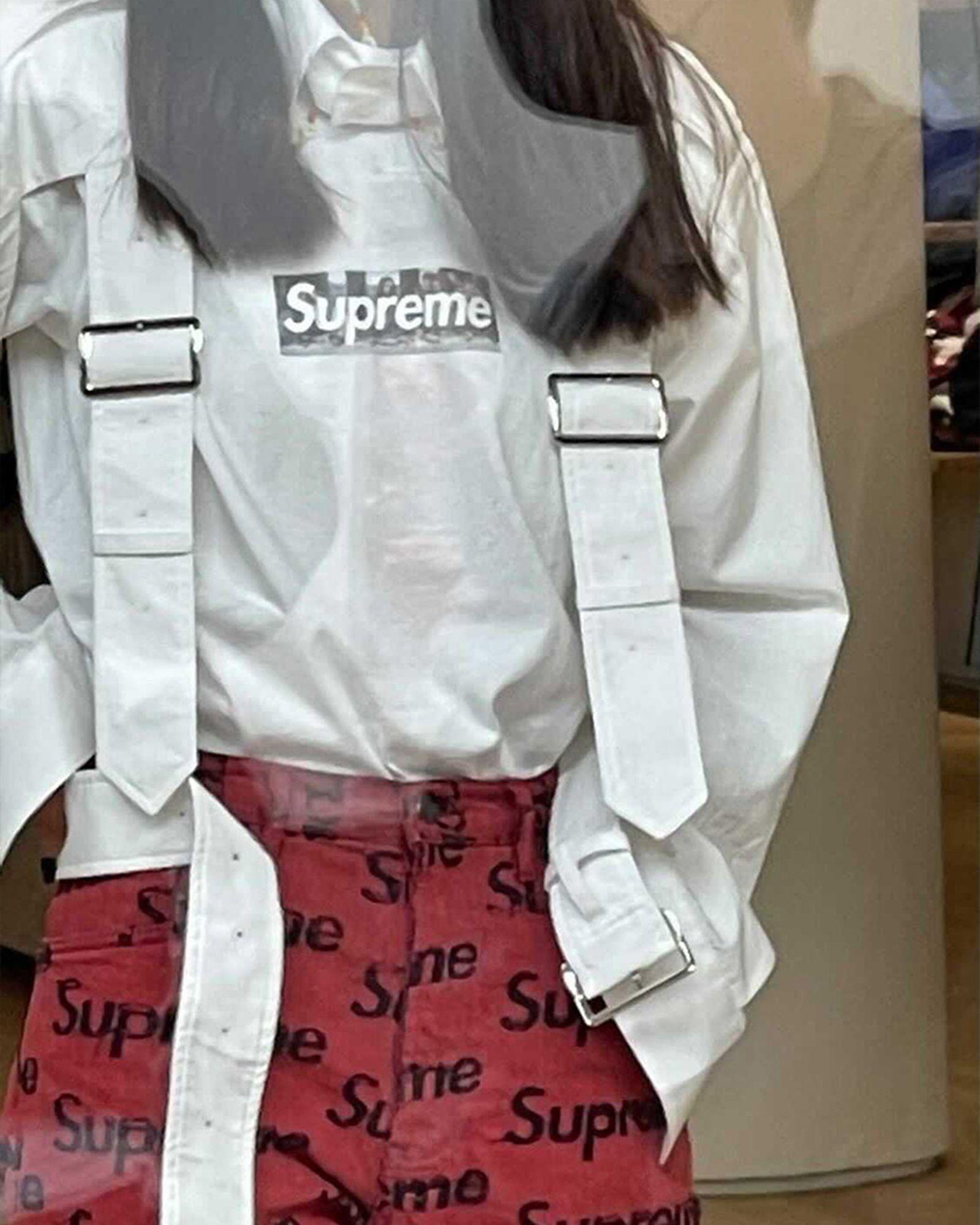 supreme-store-8