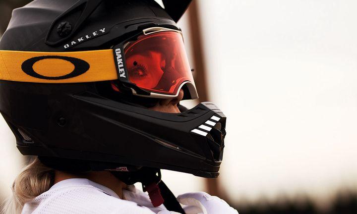 Oakley goggles helmet