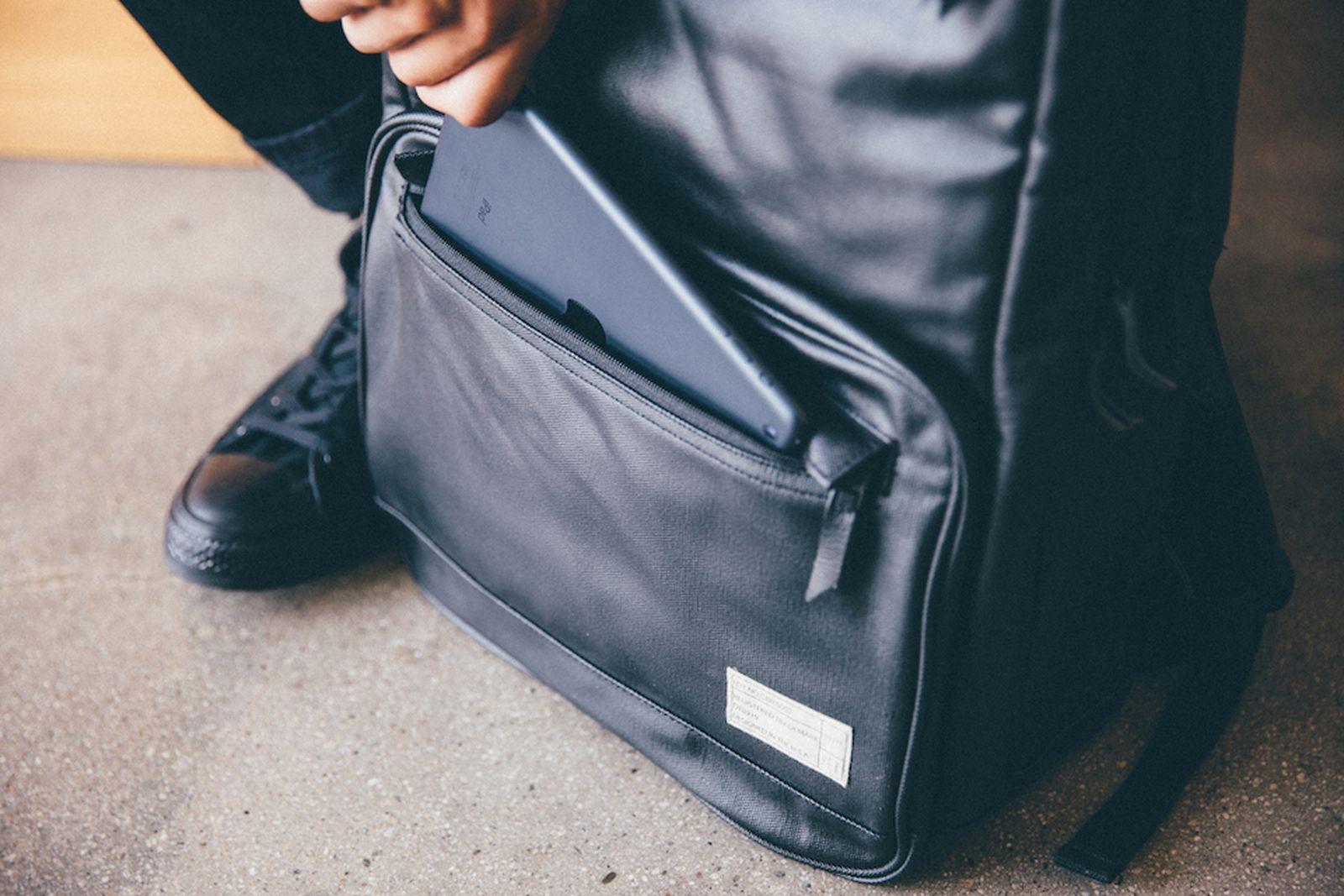 HEX-SneakerBackpack-010