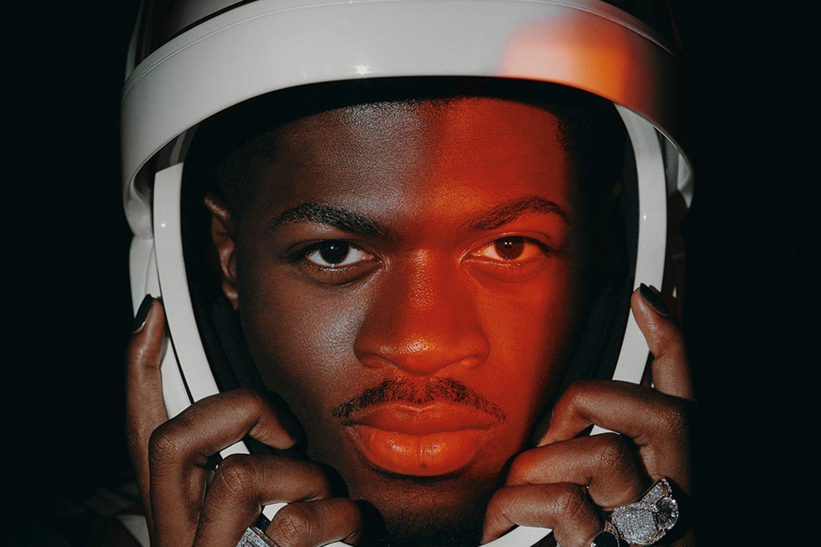 lil-nas-x-spacex-helmet-04