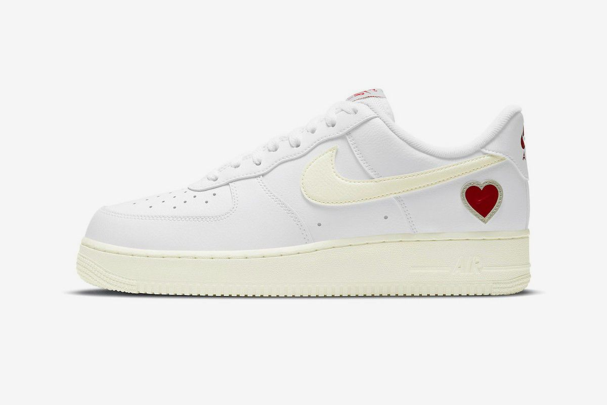 The Loveliest Valentine's Day-Themed Sneakers Dropping This Year 94