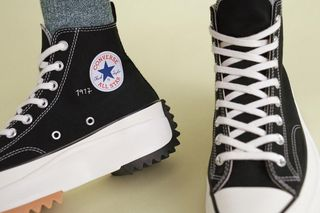 3936855155a6 JW Anderson x Converse Run Star Hike Black  Where to Buy Today
