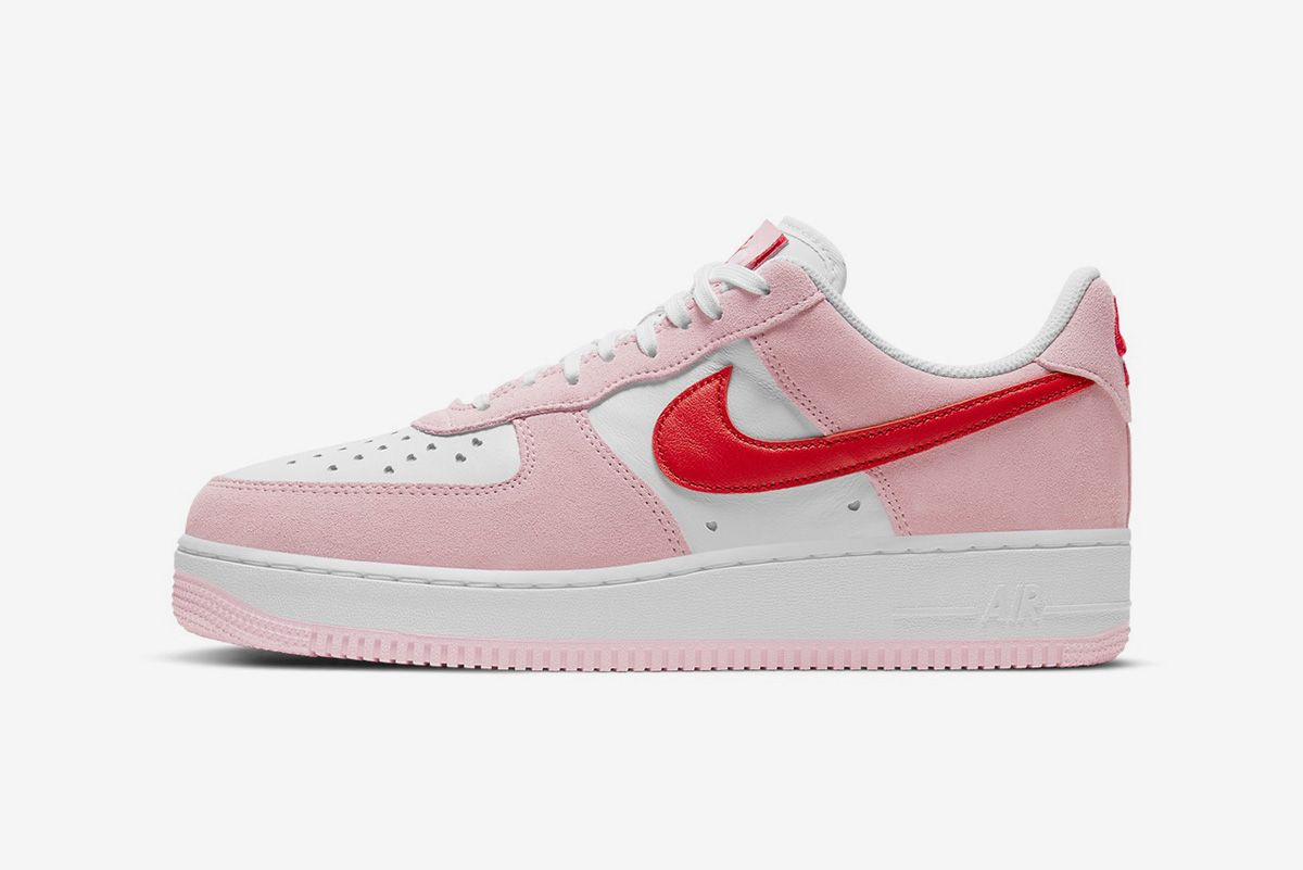 Nike Is Heating Things Up for Valentine's Day & Other Sneaker News Worth a Read 64