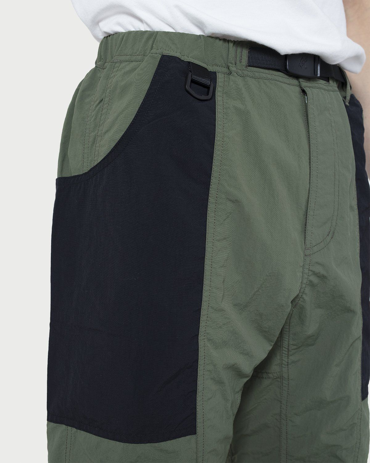 Gramicci - Shell Gear Shorts Olive/Black - Image 2